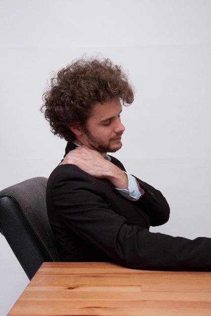 肩こりの特徴と原因、対策
